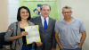 Jovem reconhecida pelo pai após 24 anos recebe novas certidões das mãos do corregedor-geral