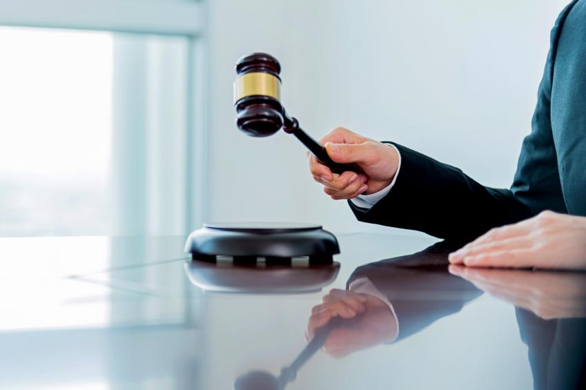 martelo da justiça 7