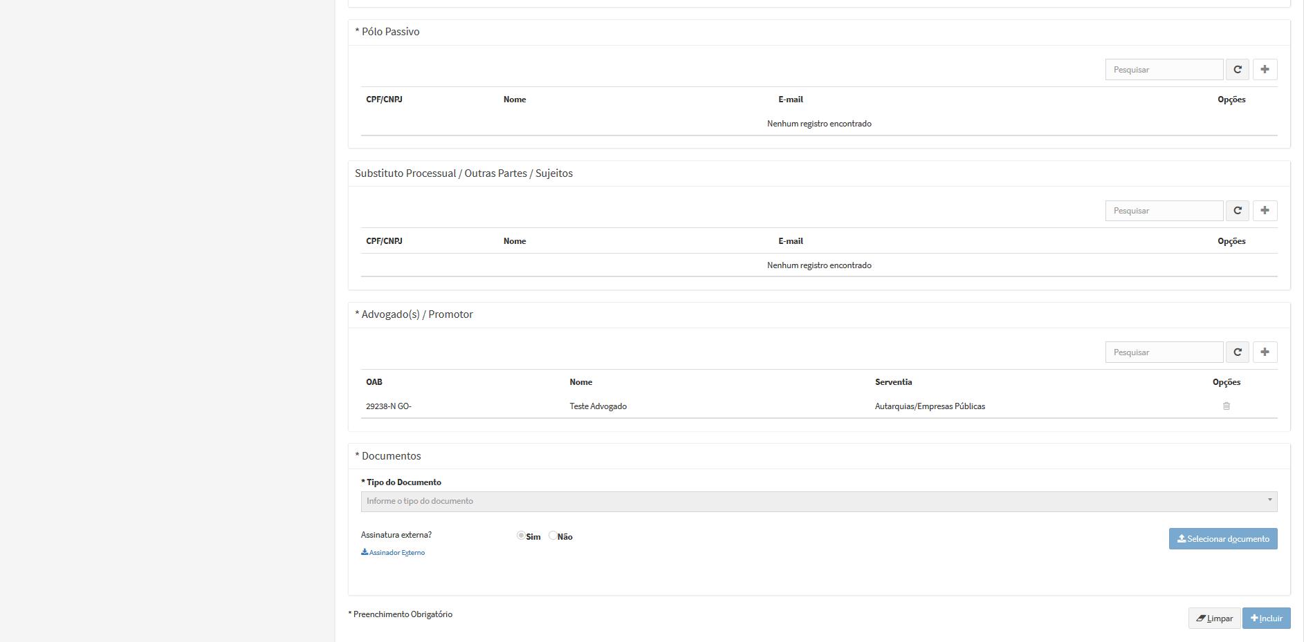 A imagem mostra a parte inferior da tela de peticionamento inicial do primeiro grau cível