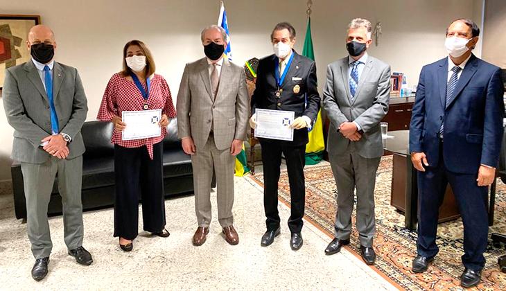 Desembargadora Beatriz Franco e tabelião Antônio do Prado recebem Medalha  Desembargador Décio Antônio Erpen  por notáveis serviços prestados à Justiça