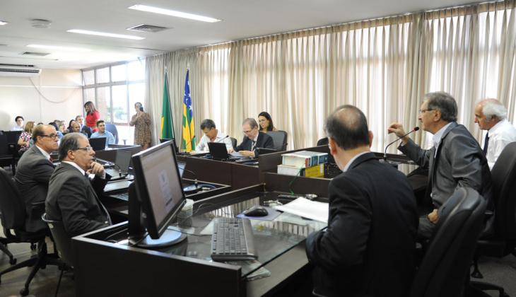 TJGO realiza primeira sessão de julgamento virtual