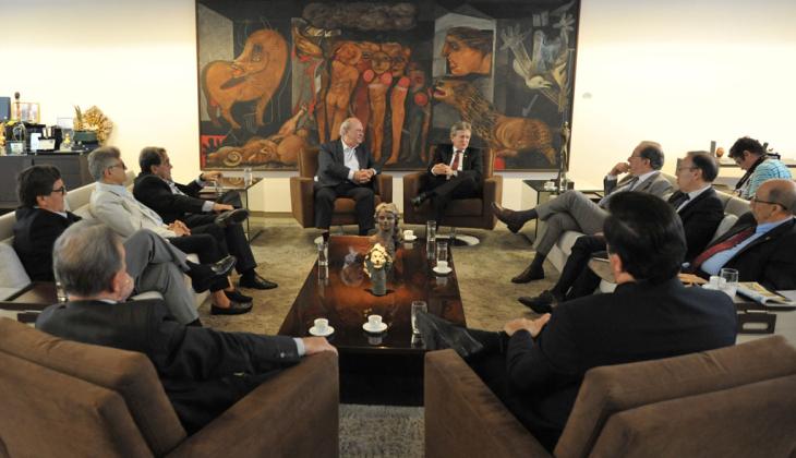 Presidente e desembargadores do TJGO visitam Grupo Jaime Câmara