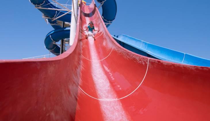 Demora na inauguração de parque aquático não gera dever de indenizar acionistas